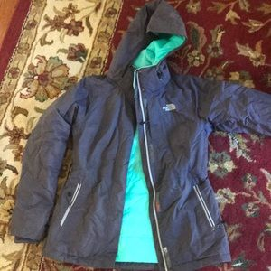 Woman's size small north face like new winter coat